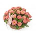 Композиция из цветов Розы в корзине