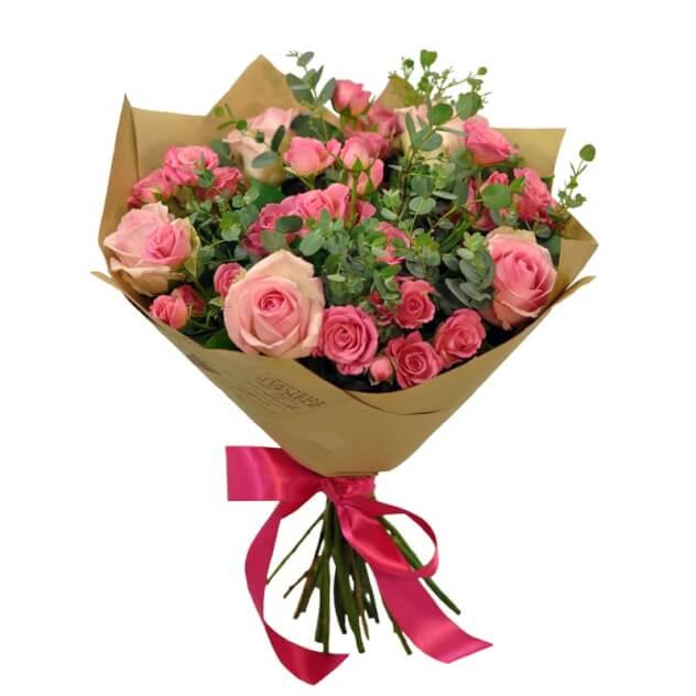 Дешево цветы, купить недорогие с цветами спб